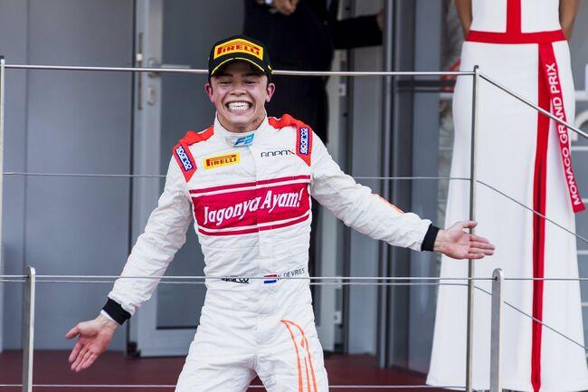 © FIA Formula 2 | De Vries na zijn eerste overwinning in de F2 in Monaco, 2017