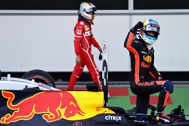 © Getty Images/Red Bull Contentpool   |   Ricciardo won in 2017 de race die met afstand als 'meest bizarre GP' van de afgelopen tien jaar bekend staat.