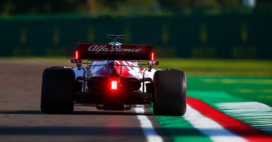 Gelekt: Eerste beelden van de nieuwe Alfa Romeo nu al online - Racingnews365